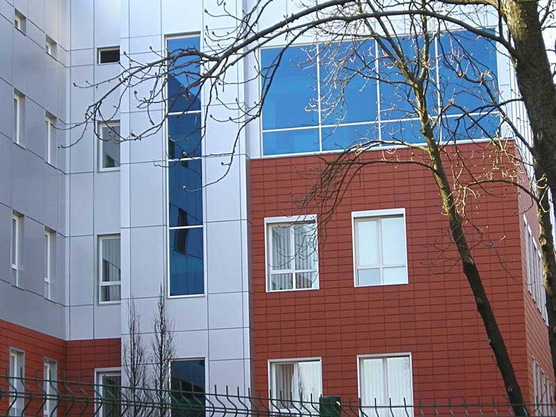 Навісний вентильований фасад