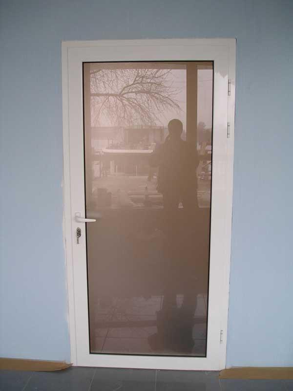 конструкції для дверей